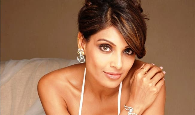 Bipasha Basu: Proud to be a part of Vikram Phadnis' debut film