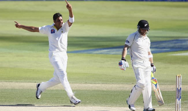 Pakistan vs New Zealand 2014 1st Test, Live Cricket Score and Updates of Day 3 at Abu Dhabi: PAK 15/0; lead by 319 runs