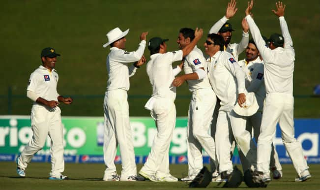 Pakistan on threshold of victory in 1st Test; New Zealand fight for survival on Day 4