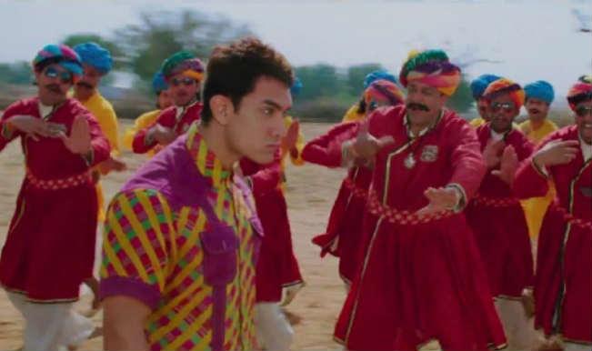 PK Tharki Chokro making: Rancho aka Aamir Khan and Munna Bhai aka Sanjay Dutt shake legs to this folk number