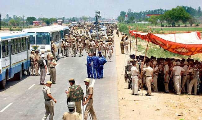 Sant Rampal Followers Move Out Of Ashram In Madhya