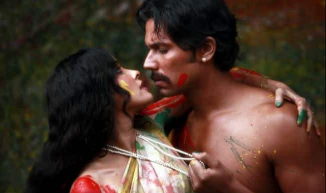 Rang Rasiya movie review: Don't miss this Randeep Hooda and Nandana Sen starrer exceptional biopic of Raja Ravi Varma
