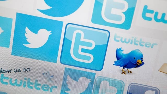 Twitter addiction: Intense emotional arousal triggers addiction to micro-blogging site