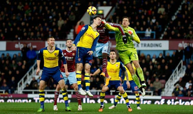 Danny Welbeck scores as Arsenal resist West Ham United fightback to secure 2-1 win in EPL