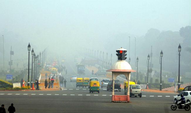 Delhi records lowest temp in 5 yrs, dense fog hits flight operations