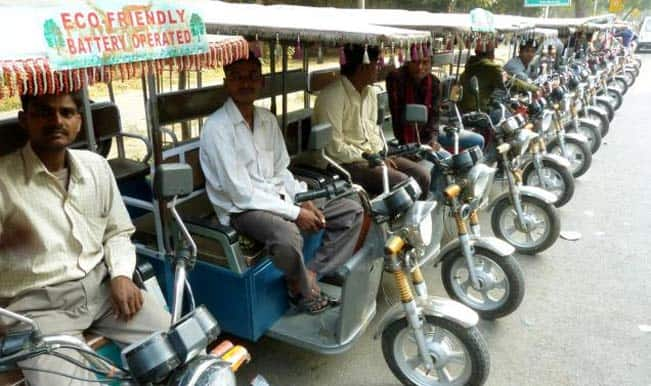 DMRC Teams With ETO Motors to Launch e-Rickshaws in 12 Metro Stations