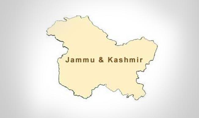 कश्मीर में बम विस्फोट, जवान घायल