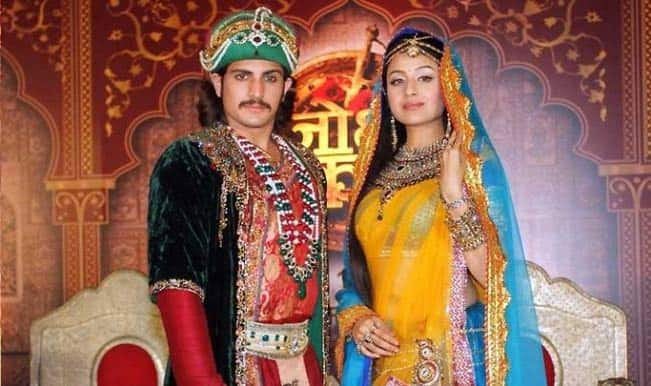 Jodha Akbar: Salim fights with emperor Akbar