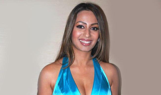 Bigg Boss 8: Throw Gautam Gulati out of the house for making Diandra Soares pregnant, says ex-Bigg Boss contestant Kashmira Shah