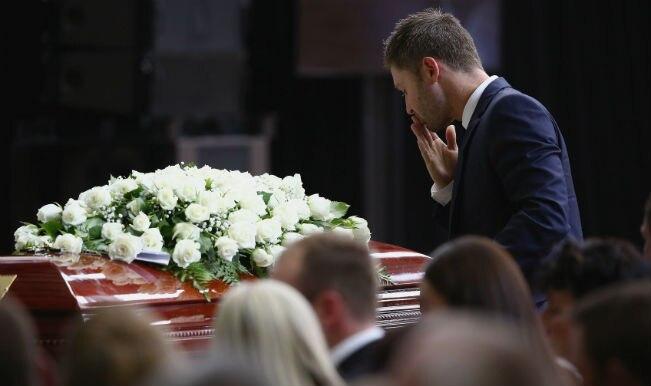 Phillip Hughes funeral: Australia bids tearful goodbye to deceased hero