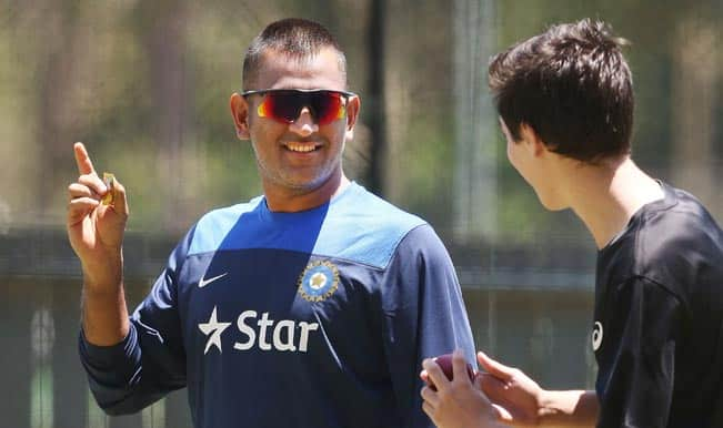 Retirement from Tests won't affect MS Dhoni's brand value, according to ad-gurus Prasoon Joshi and Prahlad Kakkar