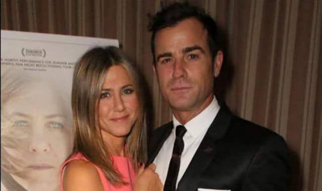 Jennifer Aniston finds fiance Justin Theroux  'decent'