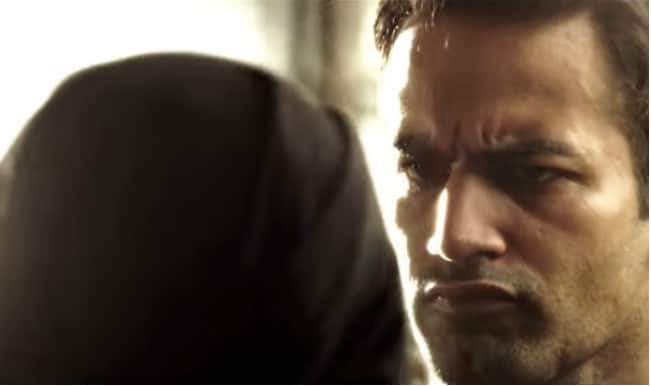 What is Bigg Boss 8 contestant Upen Patel doing in the trailer of I?
