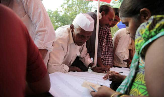 कश्मीर : चौथे चरण में 49 फीसदी मतदान