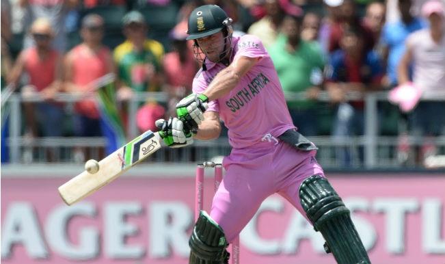 Corey Anderson congratulates AB de Villiers on breaking record of fastest century