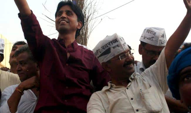 AAP Infighting: Kumar Vishwas Supporters Stage Protest Outside Party Office Seeking Rajya Sabha Seat For Him