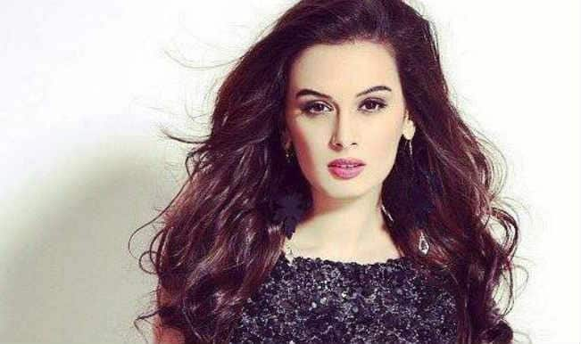 Evelyn Sharma keen to explore her talent with Tamil cinema