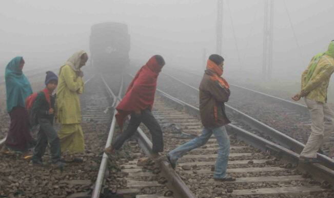 Intense cold, dense fog disrupt normal life in north