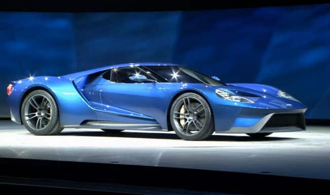 Ford GT Supercar sneak peek: Catch a glimpse of the sexy new car at Detroit Auto Show 2015