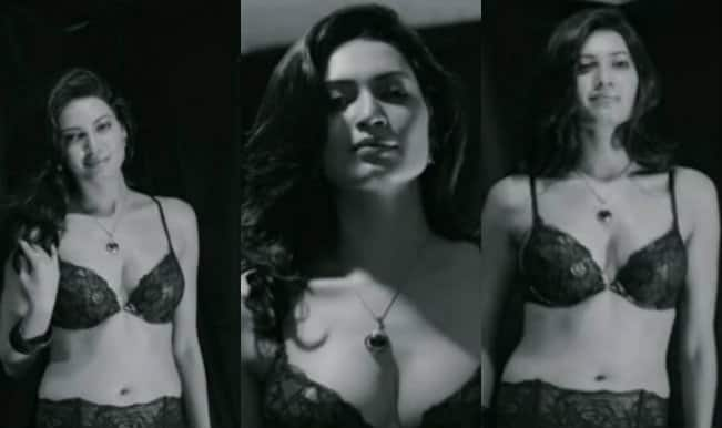 HOT: Karishma Tanna strips in Mikey McCleary's song Khoya Khoya Chand (watch video)