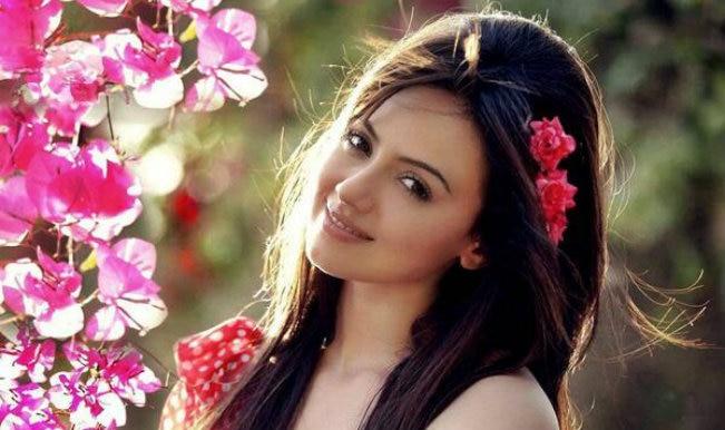Bigg Boss Halla Bol: सना खान ने कहा 'मैंने सलमान खान को बहुत मिस किया'