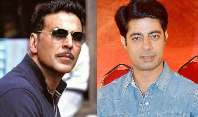 Akshay Kumar doesn't behave like a superstar: Sushant Singh
