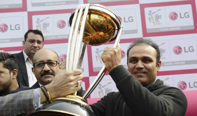 Gurgaon gets a glimpse of ICC Cricket World Cup 2015 trophy