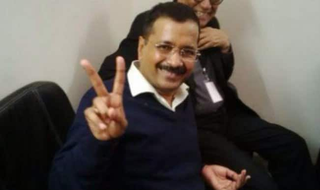 Arvind Kejriwal celebrates the Delhi Assembly Elections 2015 victory: Zee News shows AAP's CM candidate thanking voters