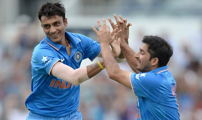 India vs Australia ICC Cricket World Cup 2015 Warm-up Match 1 Video Highlights: David Warner dismissed by Axar Patel after belligerent ton