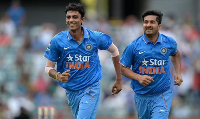 India vs Australia ICC Cricket World Cup 2015 Warm-up Match 1: Shane Watson dismissed by Mohit Sharma