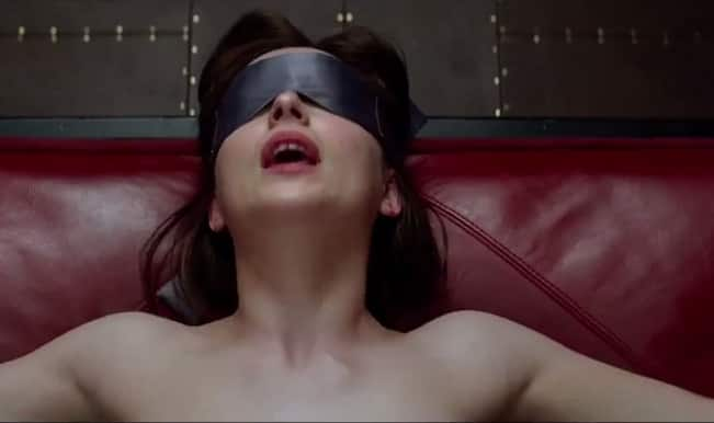 Fifty Shades of Grey gets 18 certificate for nudity