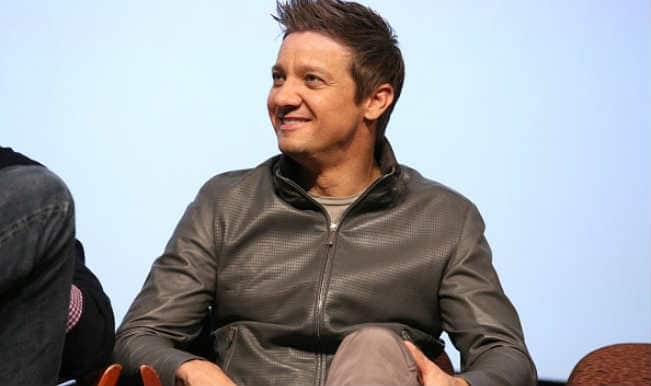 Jeremy Renner's wife asks for primary custody of daughter
