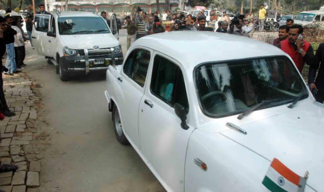 Jitan Ram Manjhi meets Governor, asserts he can prove majority on house floor