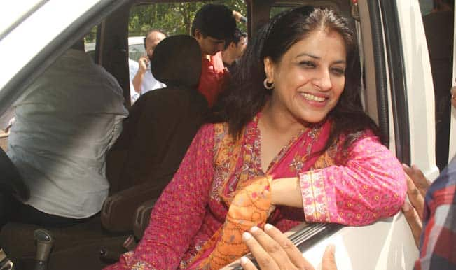 Shazia-Ilmi-after-her-resignation-from-the-party-at-Press-Club-of-India-03