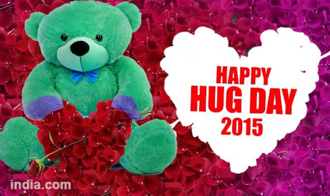 Happy Hug Day 2015: Best 10 Valentine Week romantic Hug Day SMS, WhatsApp and Facebook messages to send to your special someone
