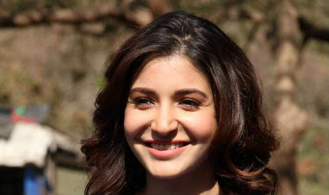 Anushka Sharma lip-syncs Geeta Dutt's iconic song in Bombay Velvet