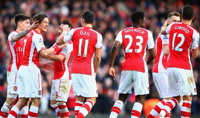 Barclays Premier League 2014-15: Arsenal reclaim third place with 2-0 win over Everton