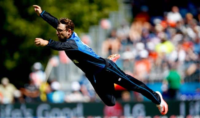 Dan The Superman! Watch Video of Daniel Vettori's superb catch to dismiss Marlon Samuels – New Zealand vs West Indies