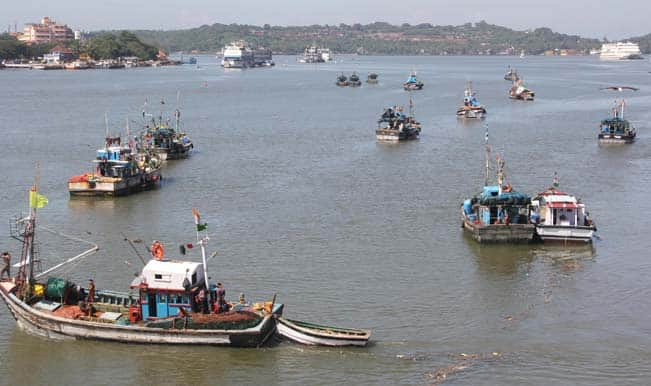 Sri Lanka Armed Men Abduct Seven Indian Fishermen