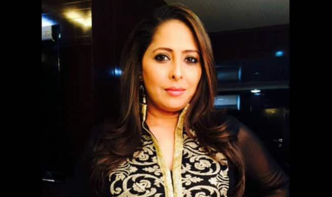 Geeta Kapoor lands in trouble for knocking down biker