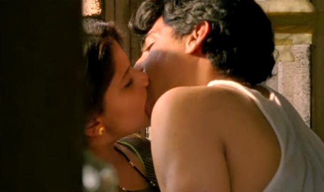 Hunterrr Box Office report: Gulshan Devaiah, Radhika Apte and Sai Tamhankar's sex comedy nets Rs 1.62 crore!