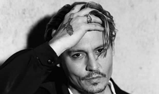 Johnny Depp injures hand on set of 'Pirates of the Caribbean: Dead Men Tell No Tales'