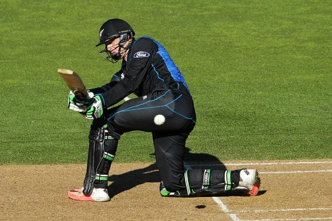 Martin Guptill OUT! Australia vs New Zealand ICC Cricket World Cup final 2015