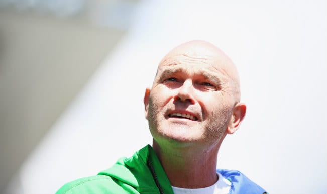 Black caps should do it for Martin Crowe!