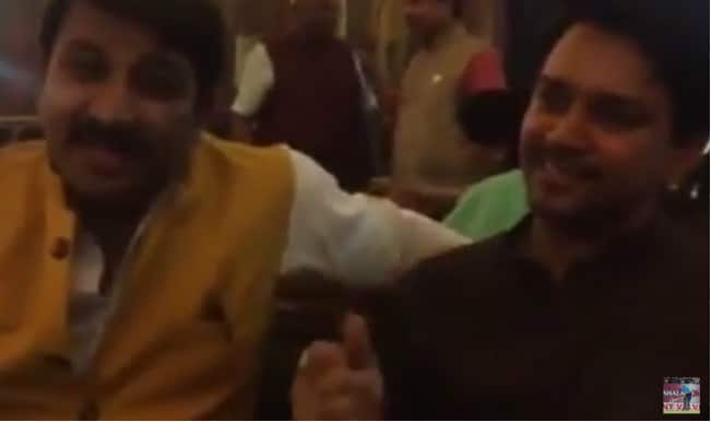 'Jeet ke aane wala Dhoni hai', BJP MP Anurag Thakur & Manoj Tiwari sing for India's victory in World Cup 2015