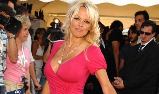 Pamela Anderson bids goodbye to social media