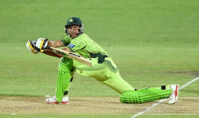Shahid Afridi joins 8000 ODI Run-Club: Watch video highlights of Boom Boom cameo in PAK vs UAE 2015 Cricket World Cup match