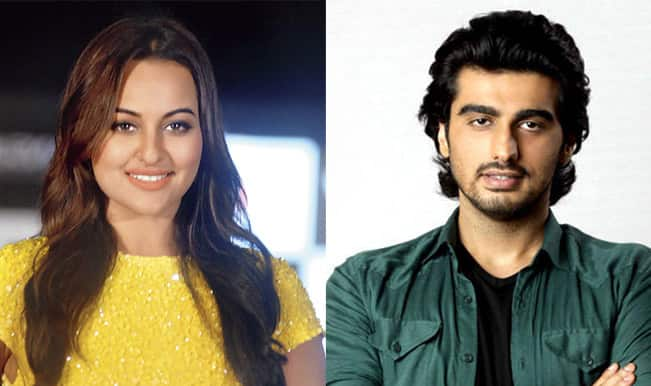 Sonakshi Sinha and Arjun Kapoor bag Golden Kela Awards for worst acting!