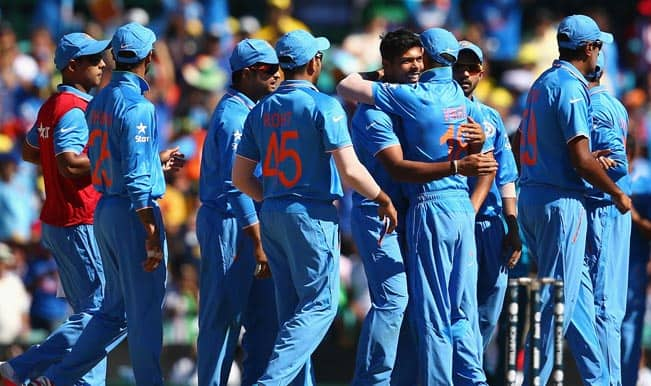 India vs Australia Live Score Updates and Commentary on All India Radio and Doordarshan in Hindi