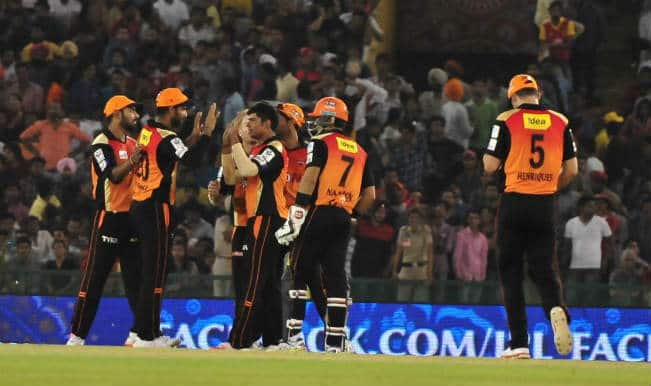 Trent Boult, David Warner shine as Sunrisers Hyderabad outplay home side Kings XI Punjab